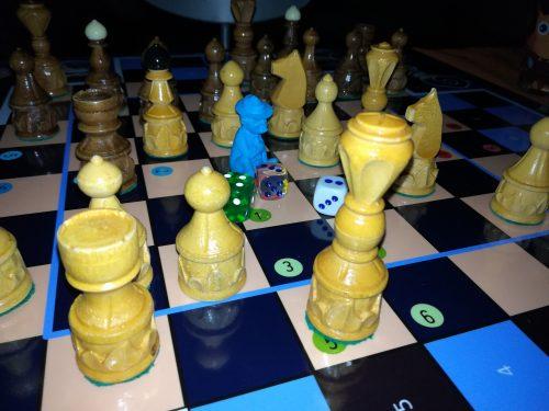 Scacchi Birmani Burma Chess Sittuyin